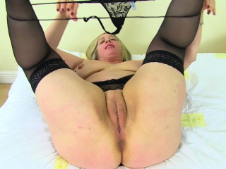 Curvy plus BBW milf Dangerous Star is made of sex
