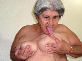 HelloGrannY Slideshow Collected Latin Granny Pics
