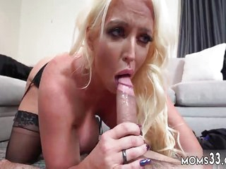 Milf young stud creampie and materfamilias made slattern Action Mom's New