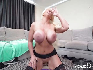 Mom hd brunette creampie Bit Mom's New Fuck Plaything