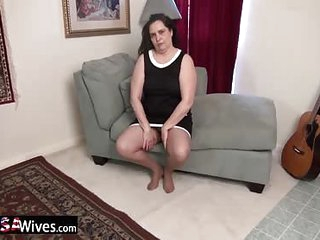 USAWiveS BBW Charlie Fox Solitary