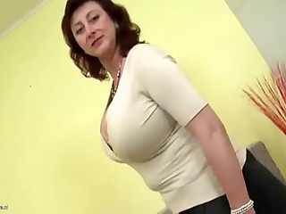 TANNED MOTHER Hold the reins SON Jerking Deficient keep On touching HER Dusting & BANGS H