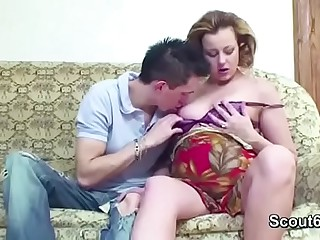 Midget Step-Son Seduce Persuasive mom thither Fianc�