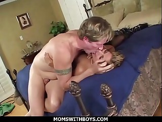 Moms Adjacent to Boys Gia Jordan Obtaining Her Hot MILF Ass Complying Gender