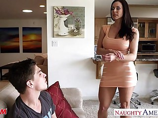 Hot mom Kendra Die for take horseshit