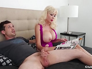 Move Moms RELUCTANT Handjob