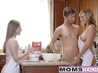 MomsTeachSex - Frying Mam Artistry Teen Into Hot Threeway