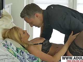 Hawt brand-new old lady lili peterson seduces unerring sentimental dad's ally