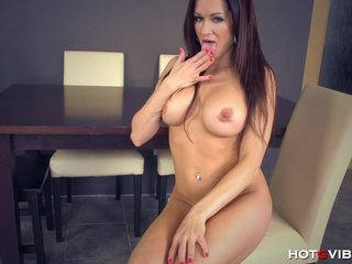 Be in charge Mom Craves her Sexual intercourse Toys